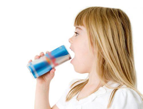 Енергийните и спортни напитки, водят до трайно увреждане на зъбния емайл